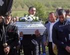 Eltemették a 8 hónapos kis Sanyikát, megható helyszíni felvételek